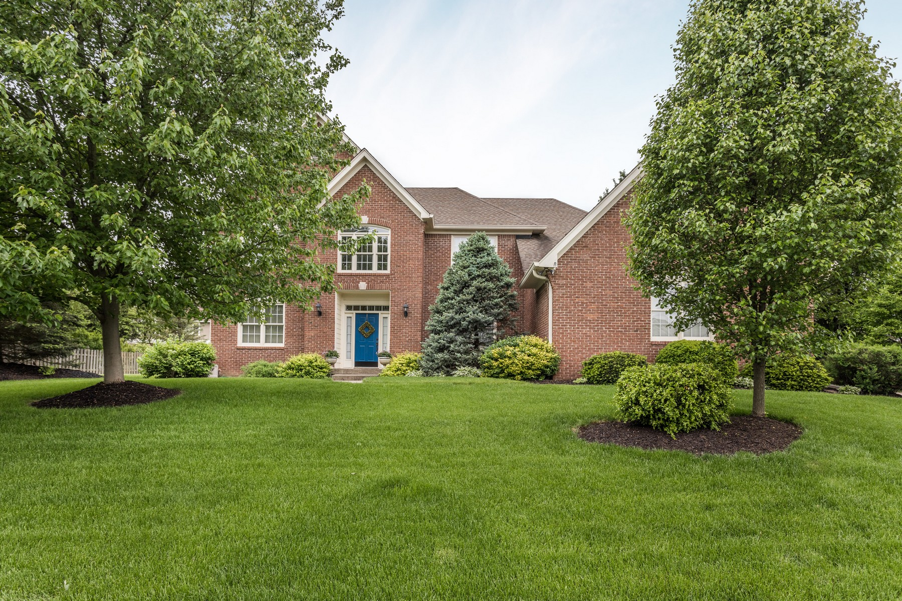 Single Family Homes للـ Sale في Beautiful One-owner home 14176 Avian Way, Carmel, Indiana 46033 United States