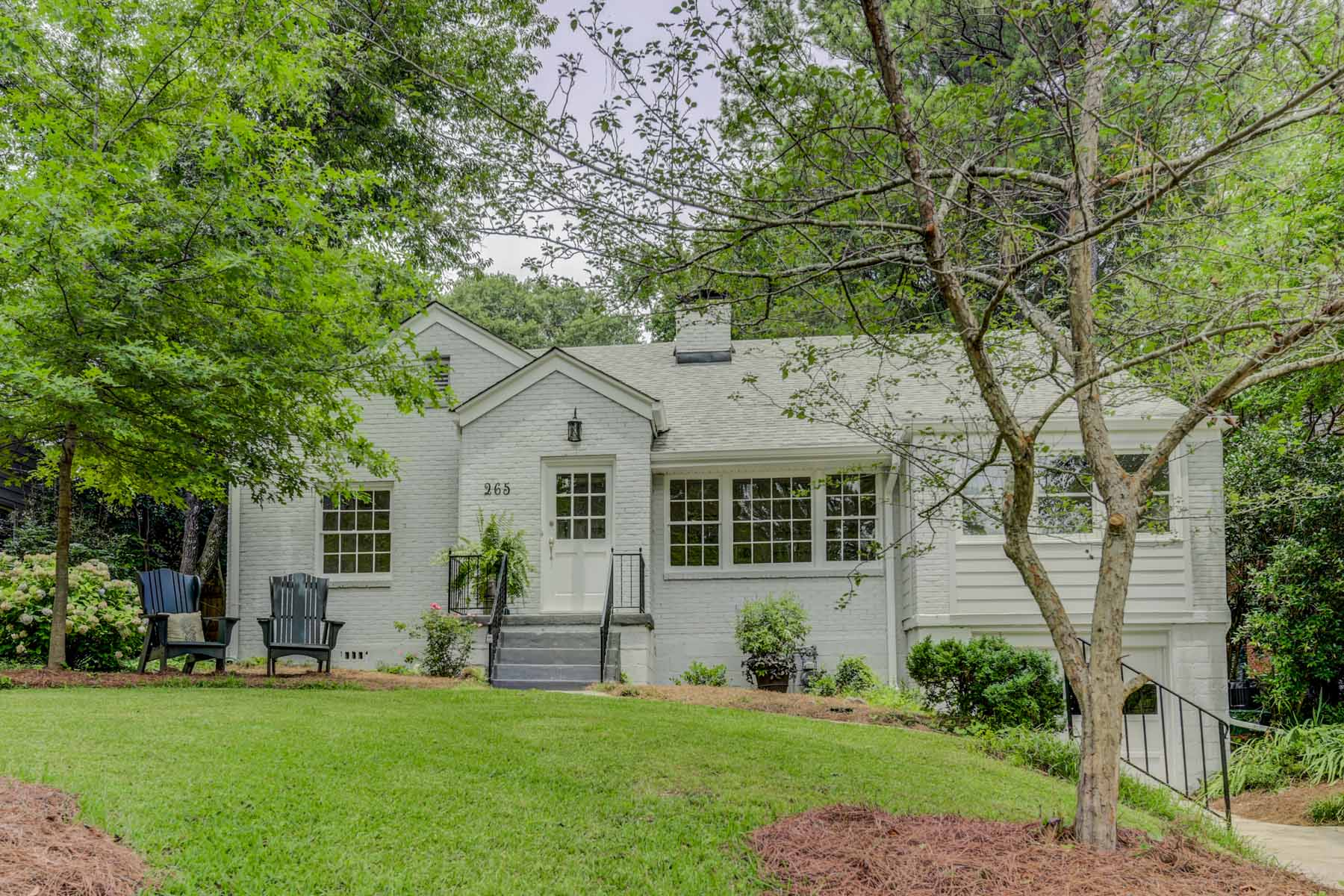 Single Family Homes for Sale at Superior Location in Pedestrian-Delightful heart of Glenwood Estates 265 Mount Vernon Drive Decatur, Georgia 30030 United States