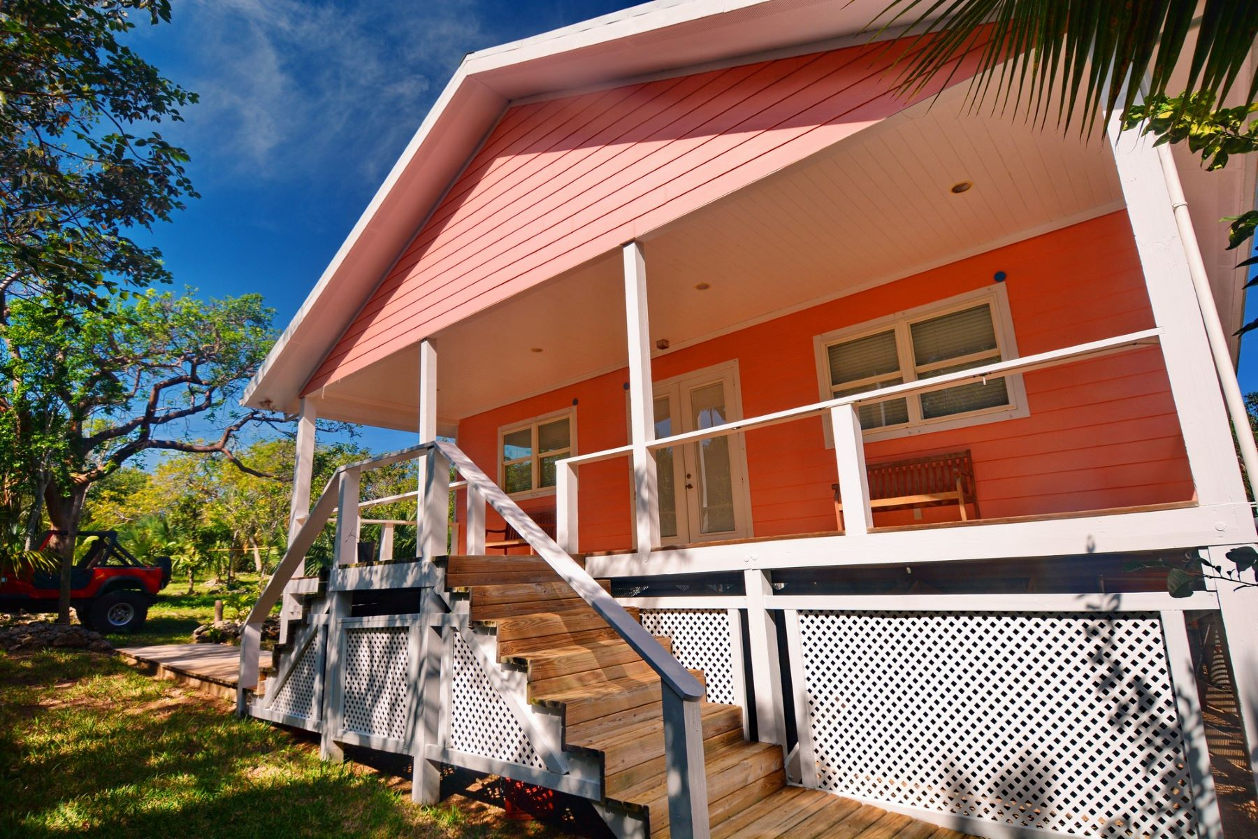 Single Family Home for Sale at Conch Pearl White Sound, Green Turtle Cay, Abaco Bahamas