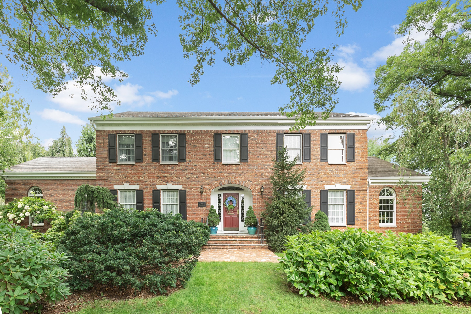 Single Family Homes for Sale at Charming Colonial 397 Stonycroft Road Ridgewood, New Jersey 07450 United States