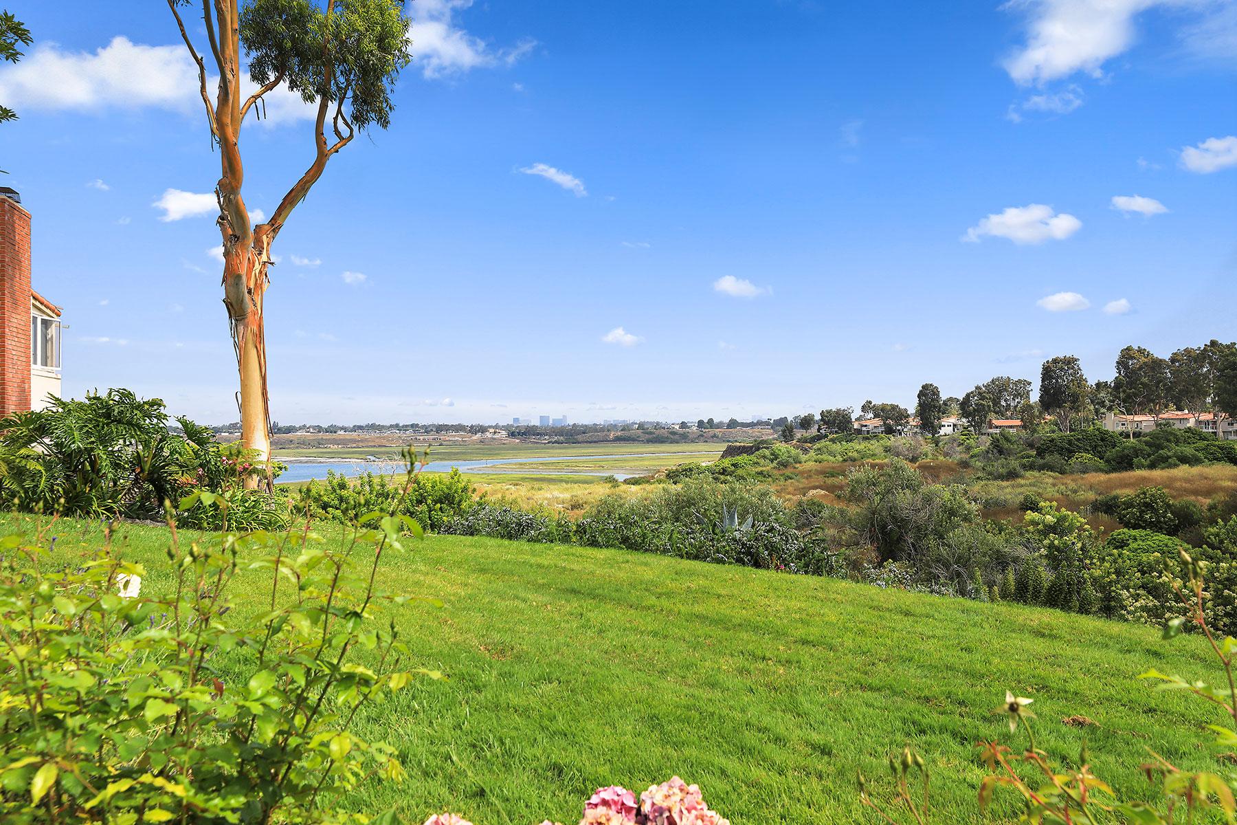 단독 가정 주택 용 매매 에 300 Enero Newport Beach, 캘리포니아, 92660 미국