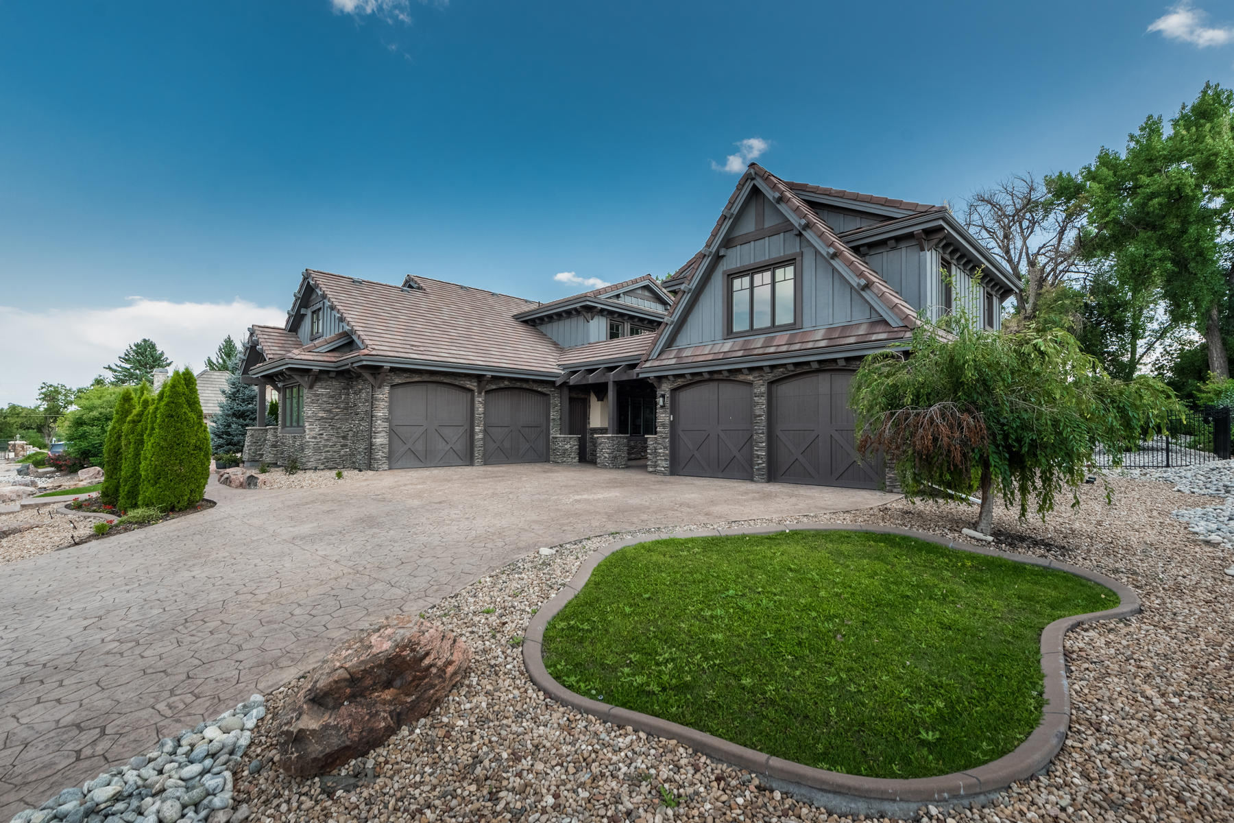 Additional photo for property listing at One Of Only Nine Luxury Residences At The Gated Orr Estates Enclave 1536 E Fair Pl Centennial, Colorado 80121 United States