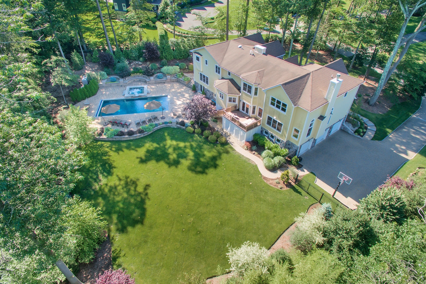 Single Family Home for Sale at Custom Built Home 1+Acre 43 Dogwood Hill Rd, Upper Saddle River, New Jersey 07458 United States