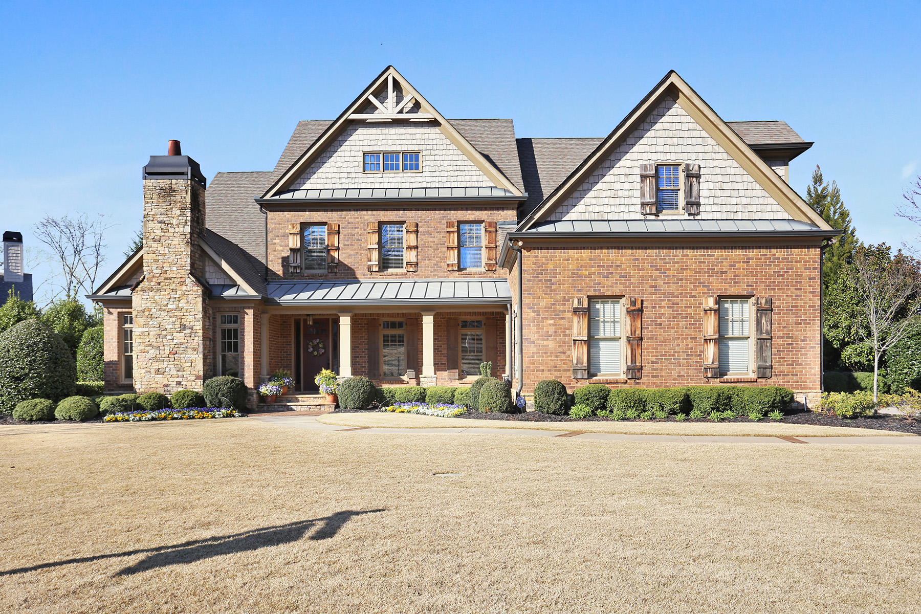 Single Family Homes for Active at Gated - Country Club Living in Brookfield Country Club 1060 Balmoral Lane Roswell, Georgia 30075 United States