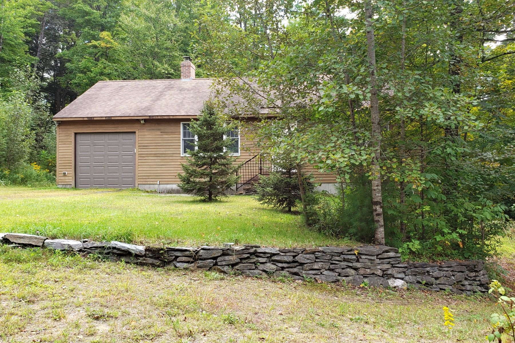Single Family Homes for Sale at Two Bedroom Ranch in Bradford 4442 Waits River Rd Bradford, Vermont 05033 United States