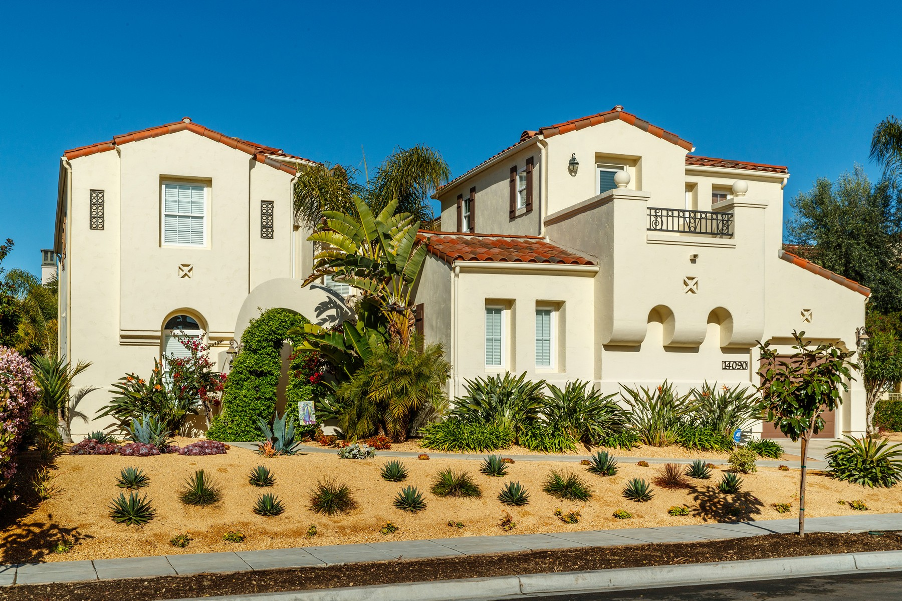 Casa Unifamiliar por un Venta en Collins Ranch 14090 Collins Ranch Place San Diego, California, 92130 Estados Unidos