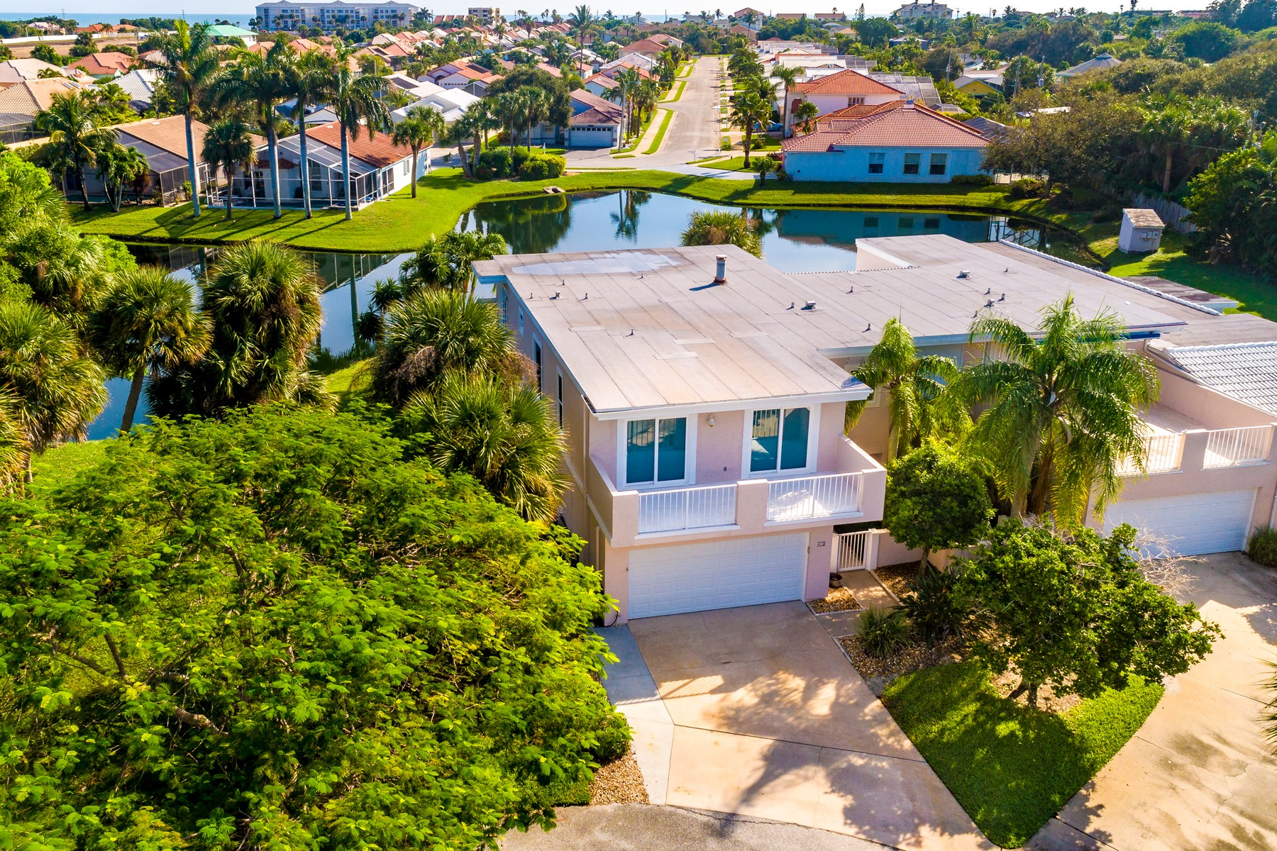townhouses for Sale at Immaculate End Unit Town Home in Superior Melbourne Beach Location 409 La Costa Street Melbourne Beach, Florida 32951 United States