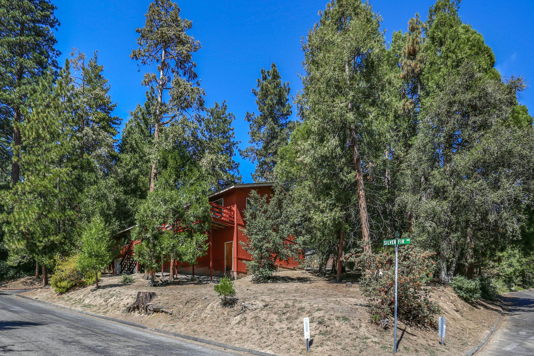 Single Family Homes for Sale at 53664 Silver Fir Drive Idyllwild, California 92549 United States