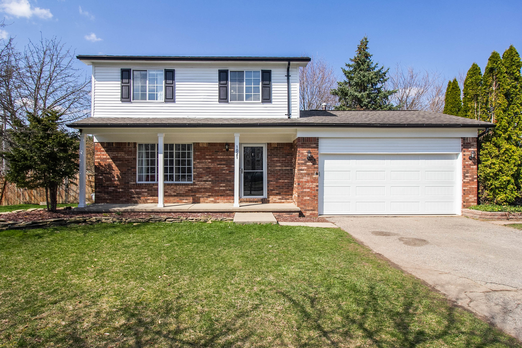 Single Family Homes for Sale at Oxford Township 1021 Keble Court, Oxford, Michigan 48371 United States
