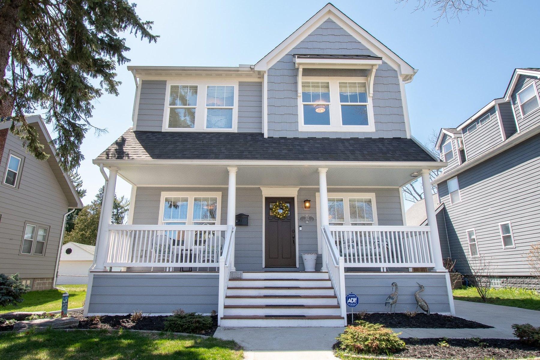 Single Family Homes 为 销售 在 Royal Oak 312 E Kenilworth Avenue 罗雅尔奥克, 密歇根州 48067 美国