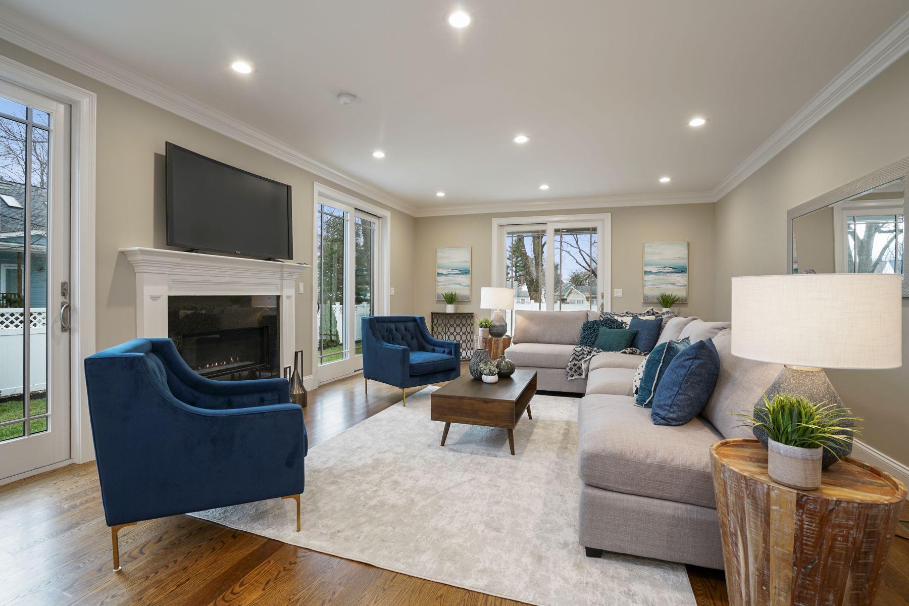 Single Family Homes por un Venta en 10 Nightingale Path Newton, Massachusetts 02459 Estados Unidos
