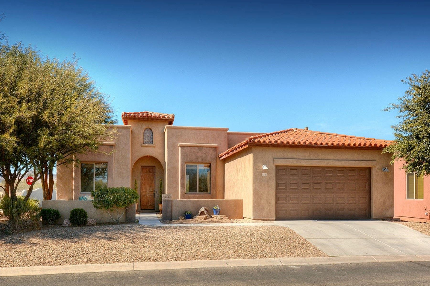 Single Family Home for Sale at Beautiful Dorn Agave Grande home with golf and mountain views 70 Palmas Ct Tubac, Arizona, 85646 United States