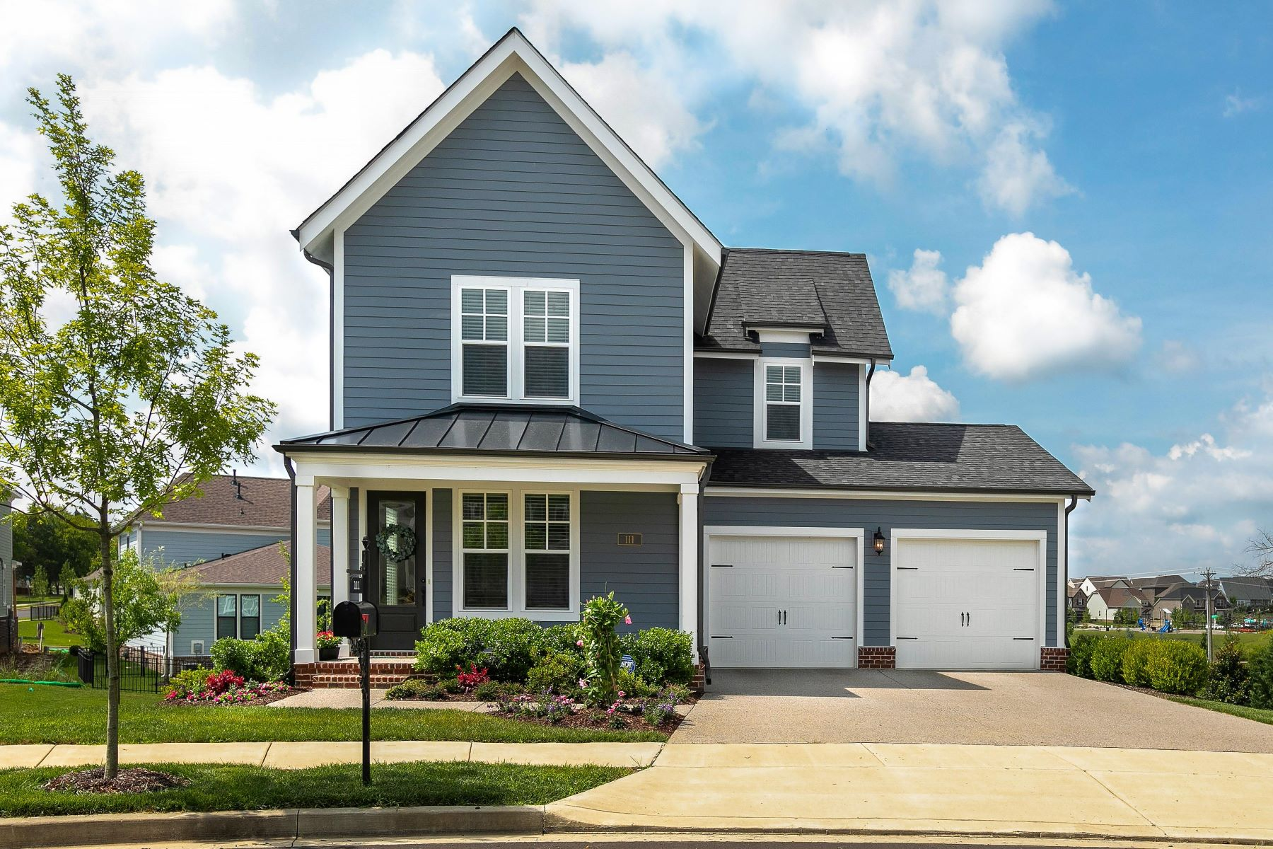 Single Family Homes pour l Vente à Immaculately Kept Griffin Plan 111 Obree Court, Franklin, Tennessee 37064 États-Unis