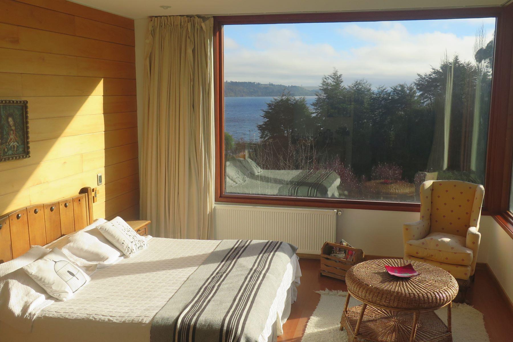 独户住宅 为 销售 在 Excellent Lakeside Home in Condominium With Marina Puerto Varas, Puerto Montt, Los Lagos 智利