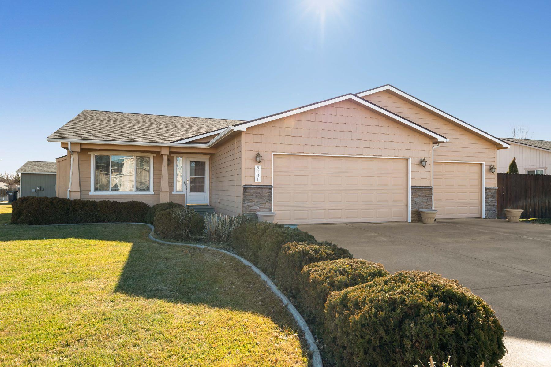 Single Family Homes por un Venta en Immaculate Original Owner Home 5401 Aloha Drive West Richland, Washington 99353 Estados Unidos