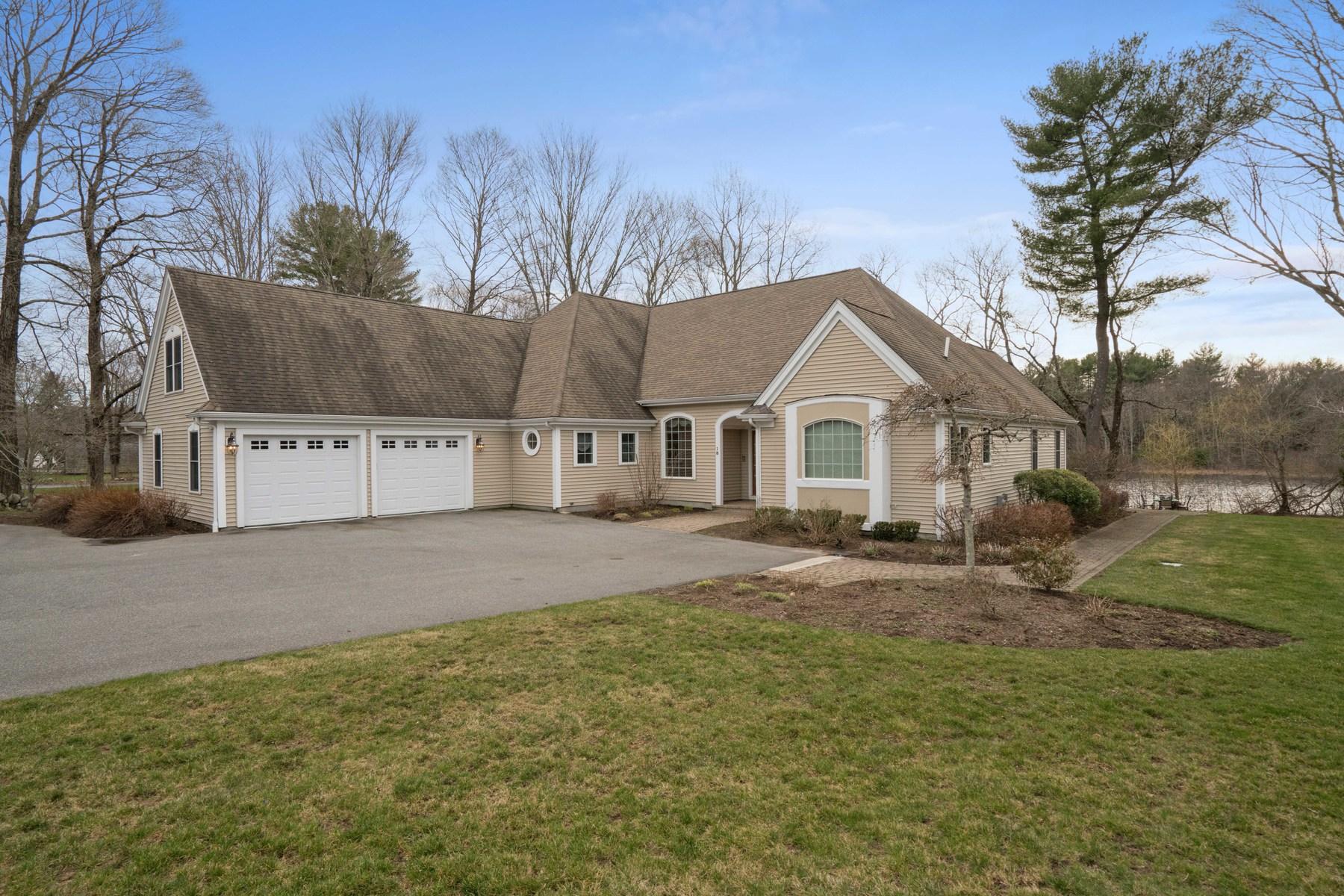 Tek Ailelik Ev için Satış at 18 Poquanticut Ave., Easton 18 Poquanticut Avenue Easton, Massachusetts, 02356 Amerika Birleşik Devletleri