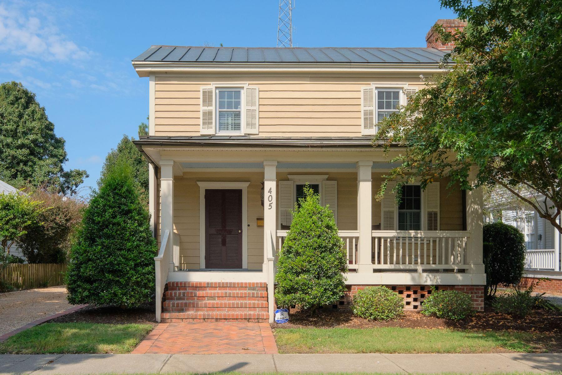 Maison unifamiliale pour l à vendre à Renovated Sansbury Home 405 N Broad St, Edenton, Carolina Du Nord, 27932 États-Unis