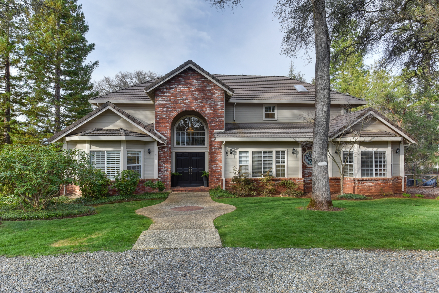 Single Family Home for Sale at 3637 Meder Ct, Shingle Springs, CA 95682 Shingle Springs, California, 95682 United States