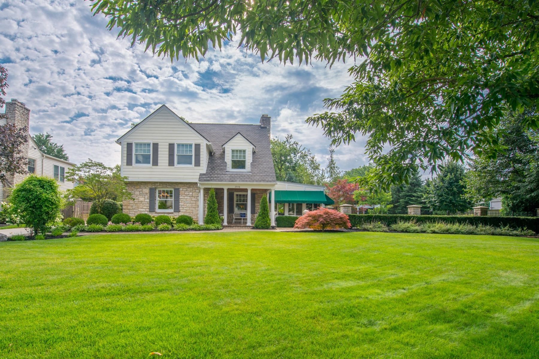 Single Family Home for Sale at 2598 Camden Road Upper Arlington, Ohio, 43221 United States