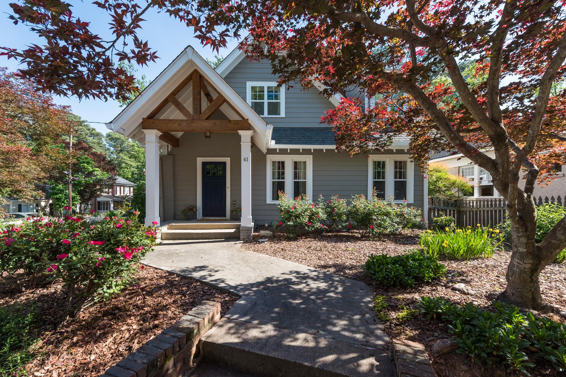 Villa per Vendita alle ore Charming Renovated Home In One Of Buckhead's Most Popular Neighborhoods 41 East Drive NE Peachtree Hills, Atlanta, Georgia, 30305 Stati Uniti