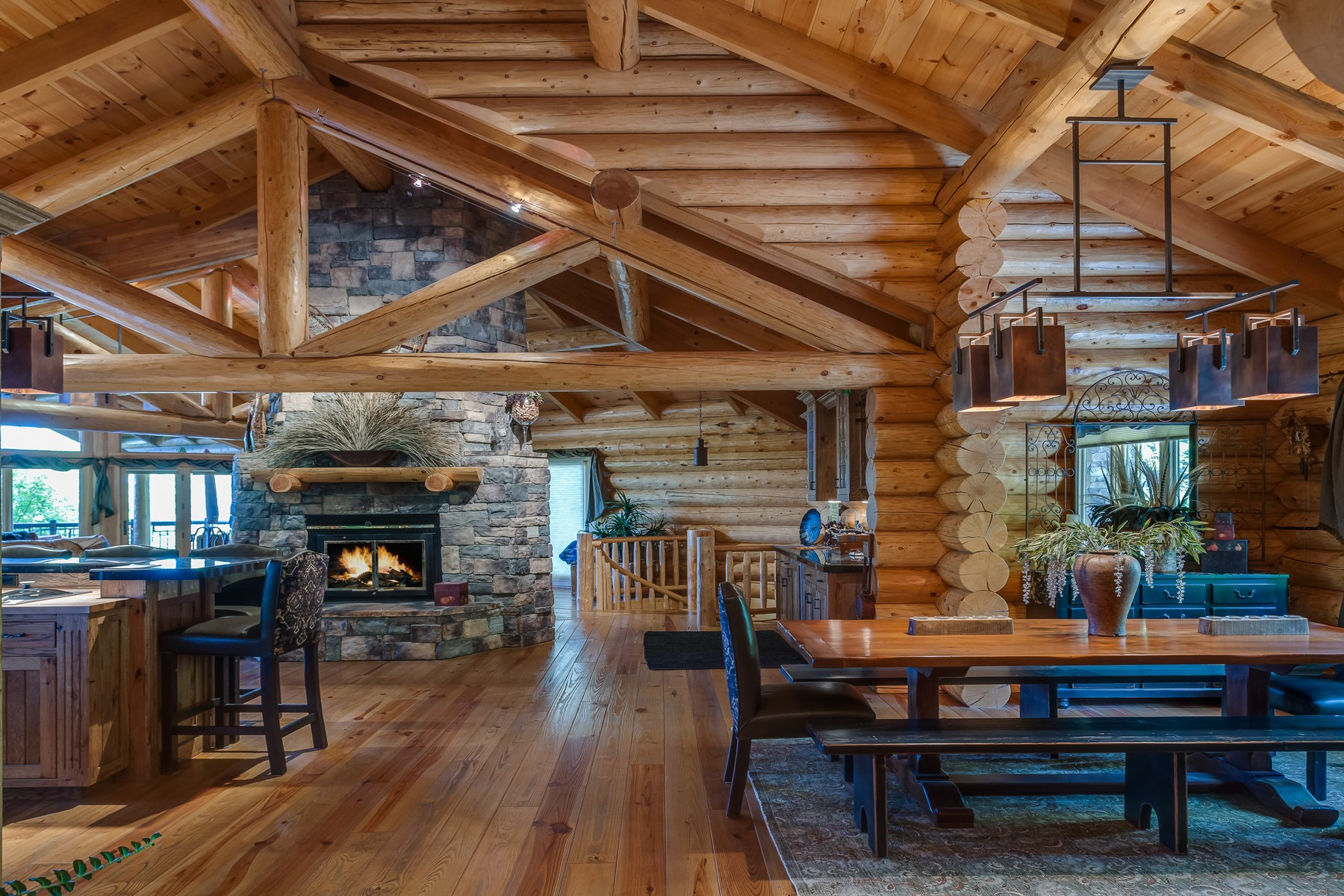 独户住宅 为 销售 在 108 S Shooting Star Cir , Whitefish, MT 59937 怀特菲什, 蒙大拿州, 59937 美国