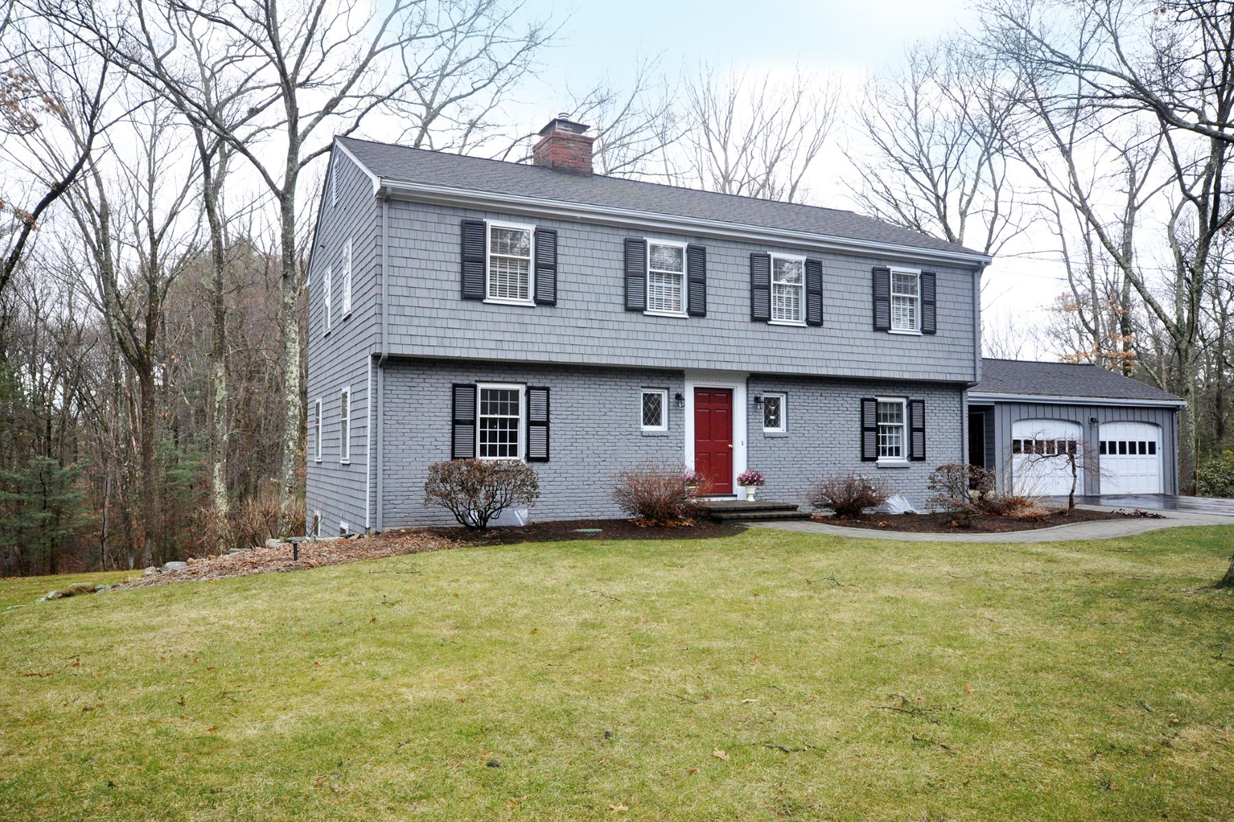 Single Family Home for Sale at Pristine Colonial 1186 Old Marlboro Road Concord, Massachusetts, 01742 United States