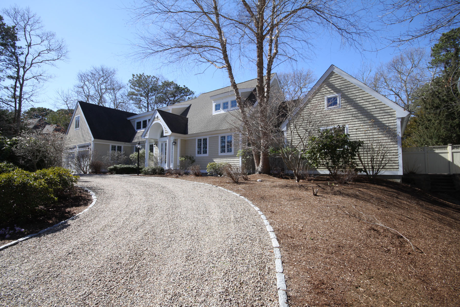 Moradia para Venda às EXQUISITE FAMILY HOME 120 Tide Run New Seabury, Massachusetts, 02649 Estados Unidos