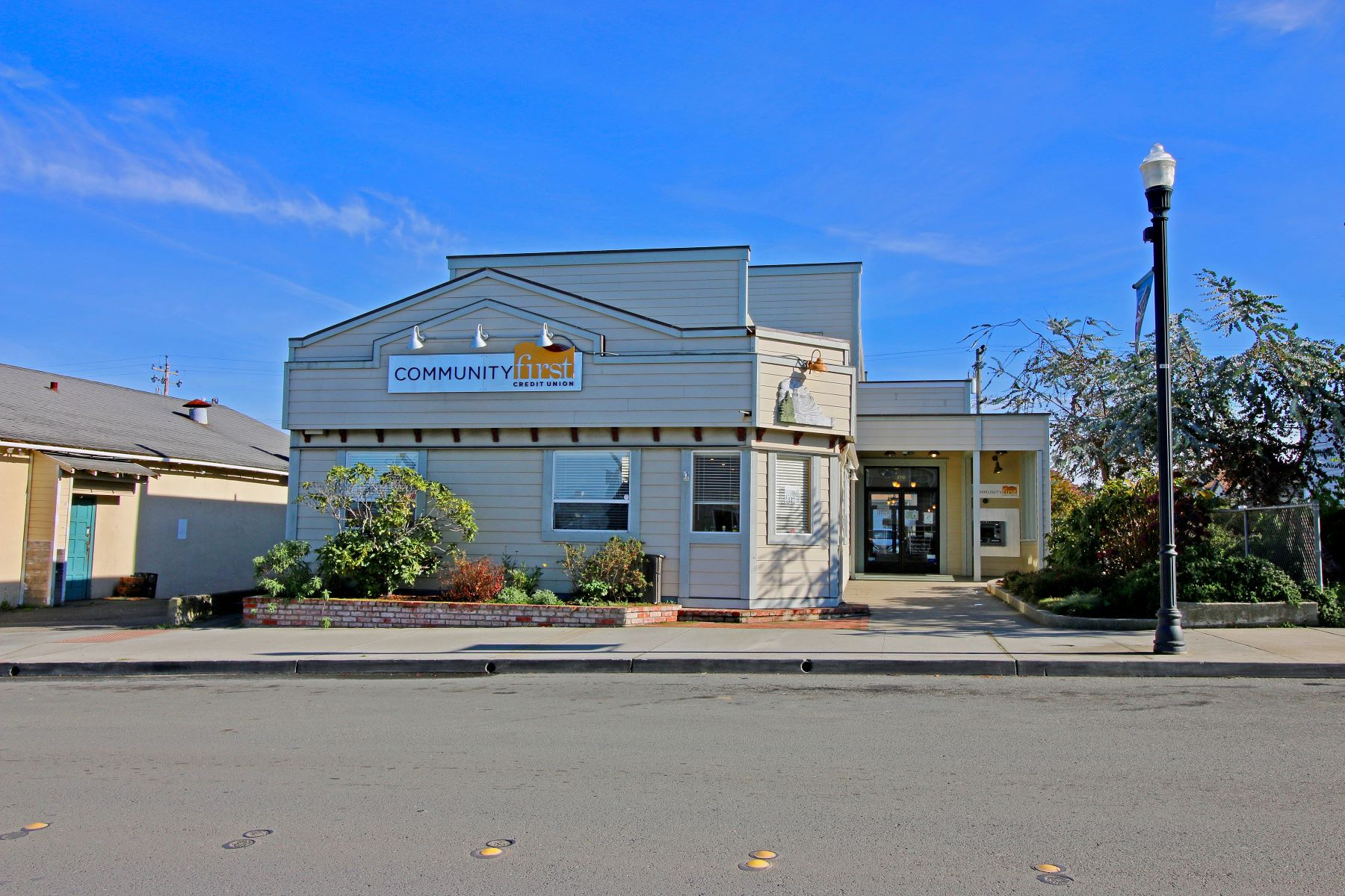 Commercial for Sale at Great Commercial Opportunity 120 N Franklin Street Fort Bragg, California 95437 United States