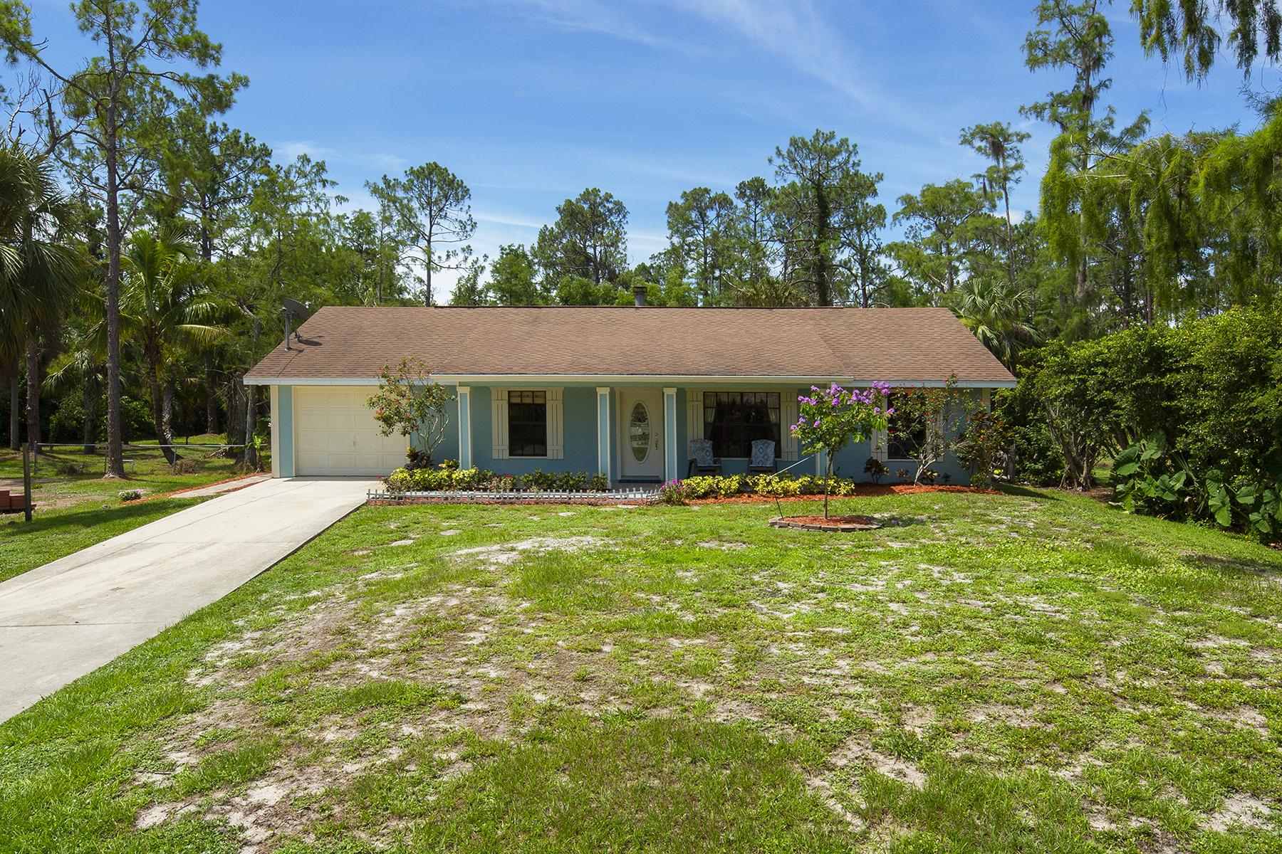 獨棟家庭住宅 為 出售 在 Naples 5260 Hickory Wood Dr Naples, 佛羅里達州 34119 美國