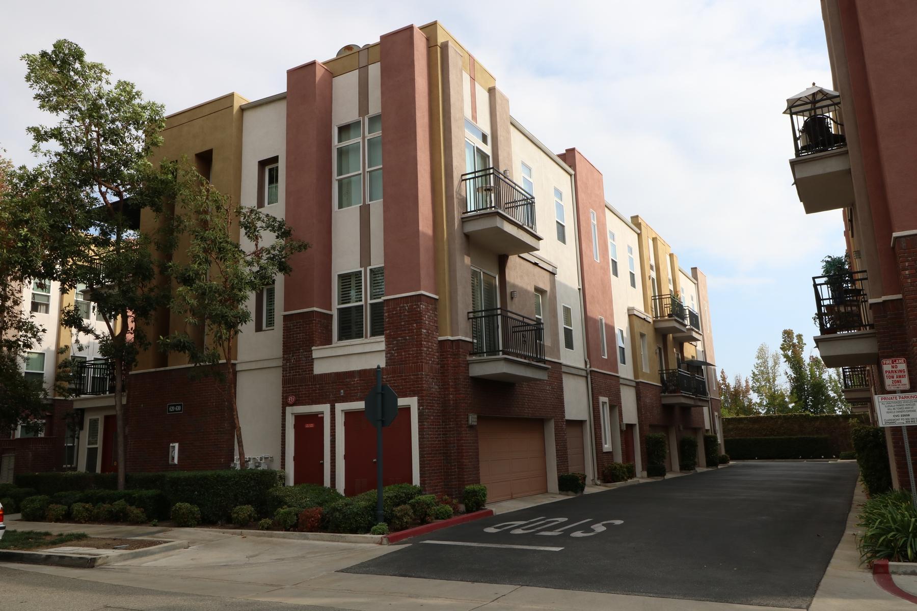 تاون هاوس للـ Rent في 620 W. 1st Street, Claremont, CA 91711 Claremont, California, 91711 United States