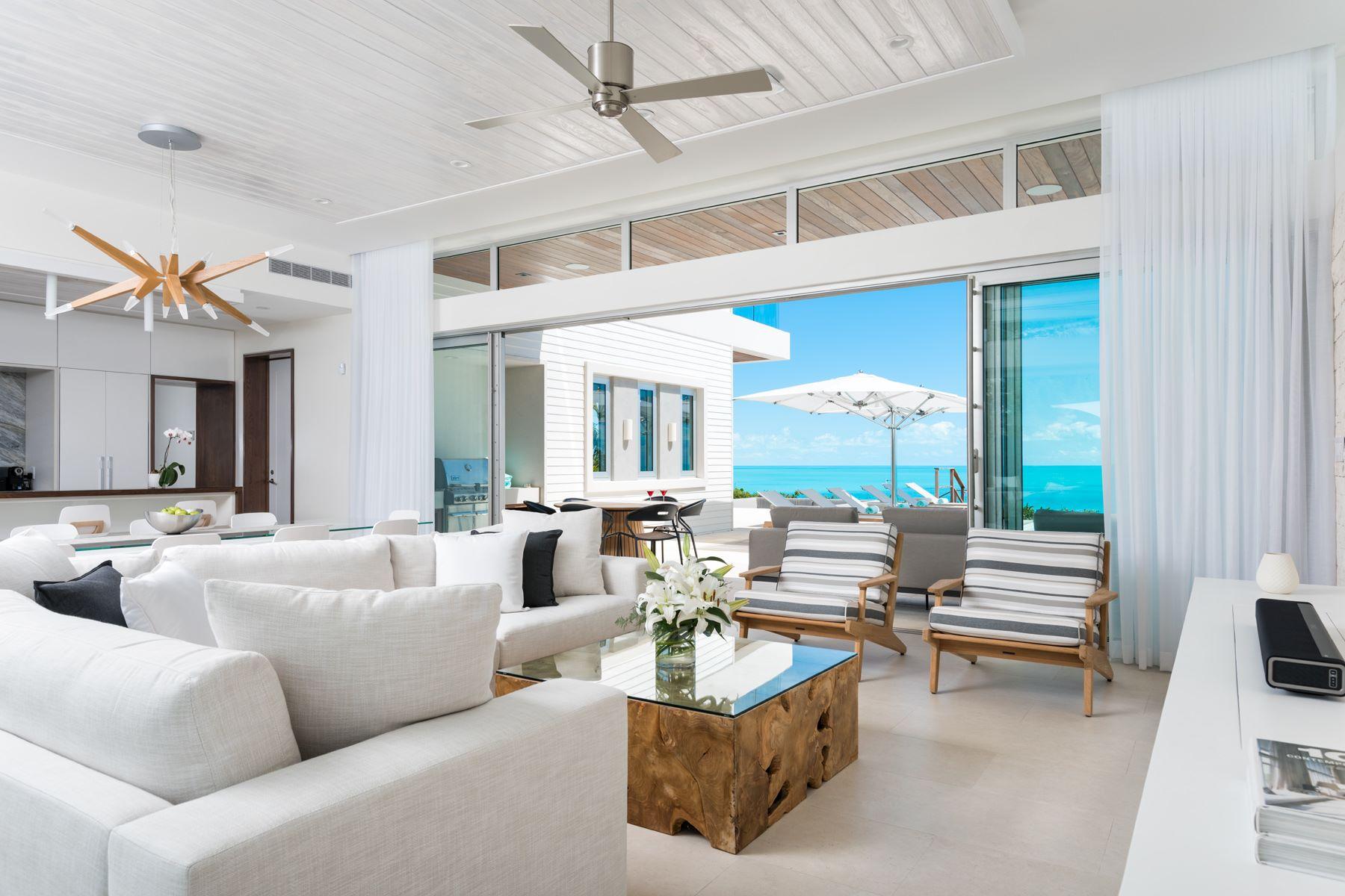 Casa Unifamiliar por un Venta en Gansevoort Villa 5102 - 4 Bedroom Design Waterfront, Turtle Tail, Providenciales, TCI Islas Turcas Y Caicos