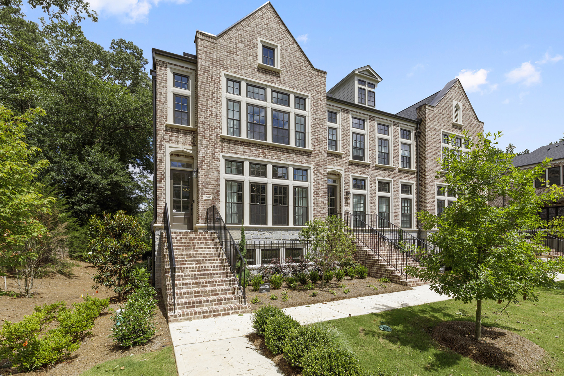 townhouses for Sale at Designer's Own Stunning Townhome in Peachtree Hills! 260 Devin Place Atlanta, Georgia 30305 United States