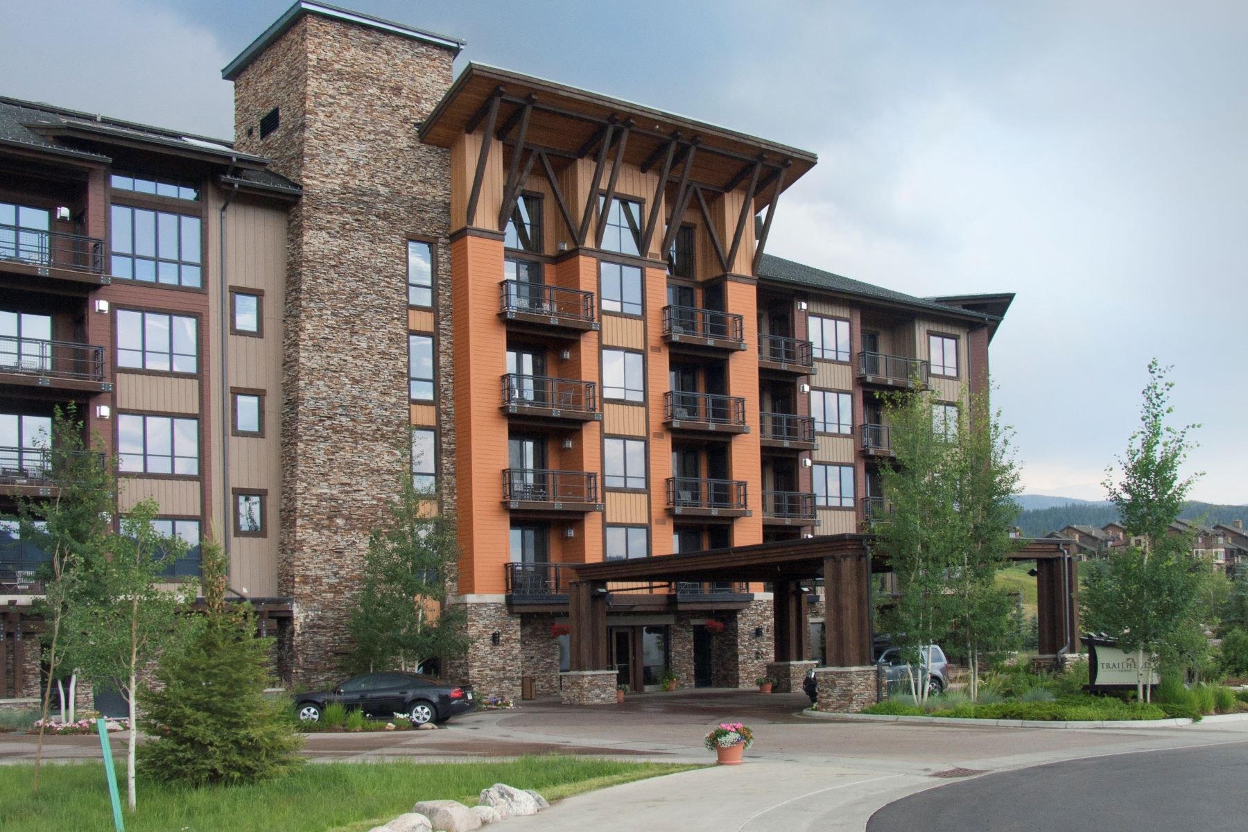Condominium for Sale at Ski Condo with Private Gondola 1175 Bangtail Way #5109 Steamboat Springs, Colorado 80487 United States