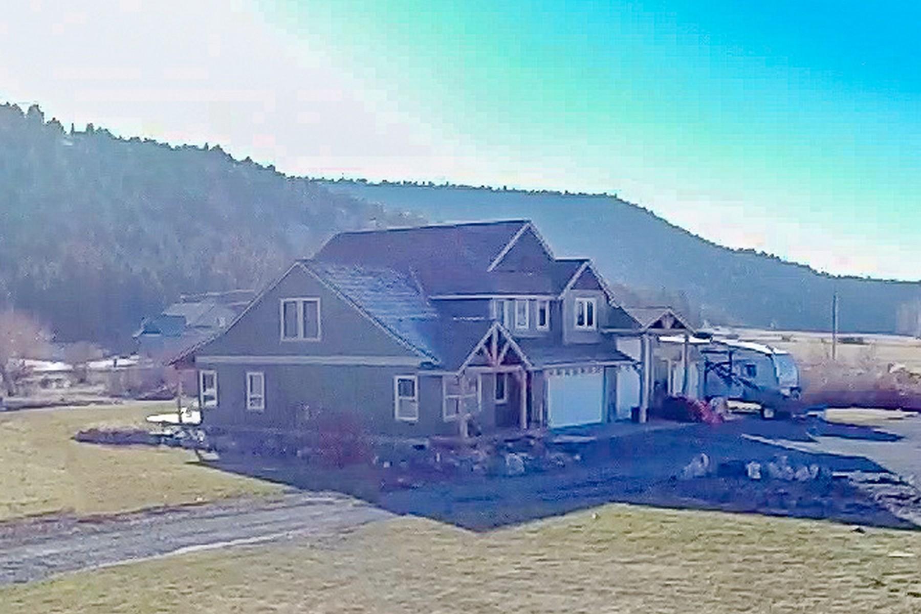 Single Family Homes pour l Vente à 6484 NE Ochoco Creek Lane Prineville, OR 97754 Prineville, Oregon 97754 États-Unis