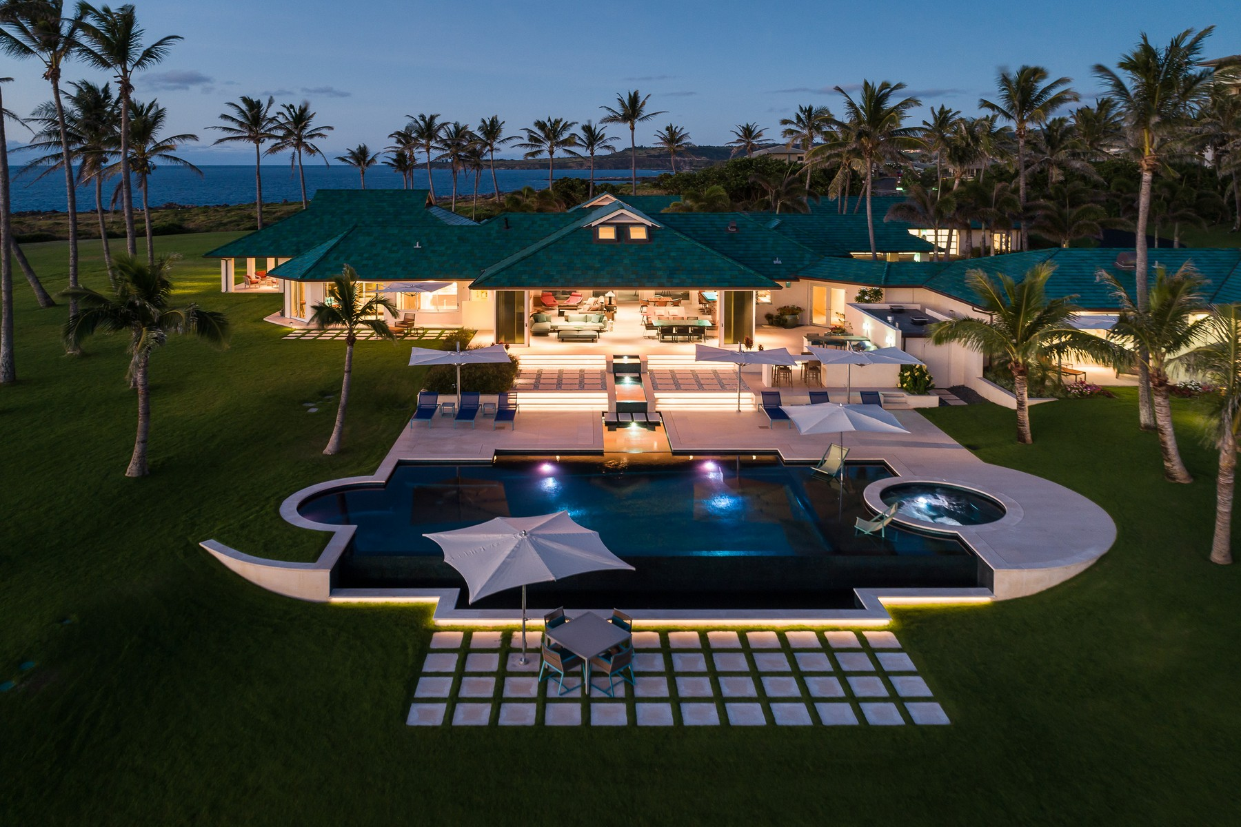 Single Family Home for Sale at Once in a Lifetime: Oceanfront Estate in Kapalua, Maui 9 Bay Drive Kapalua, Hawaii 96761 United States