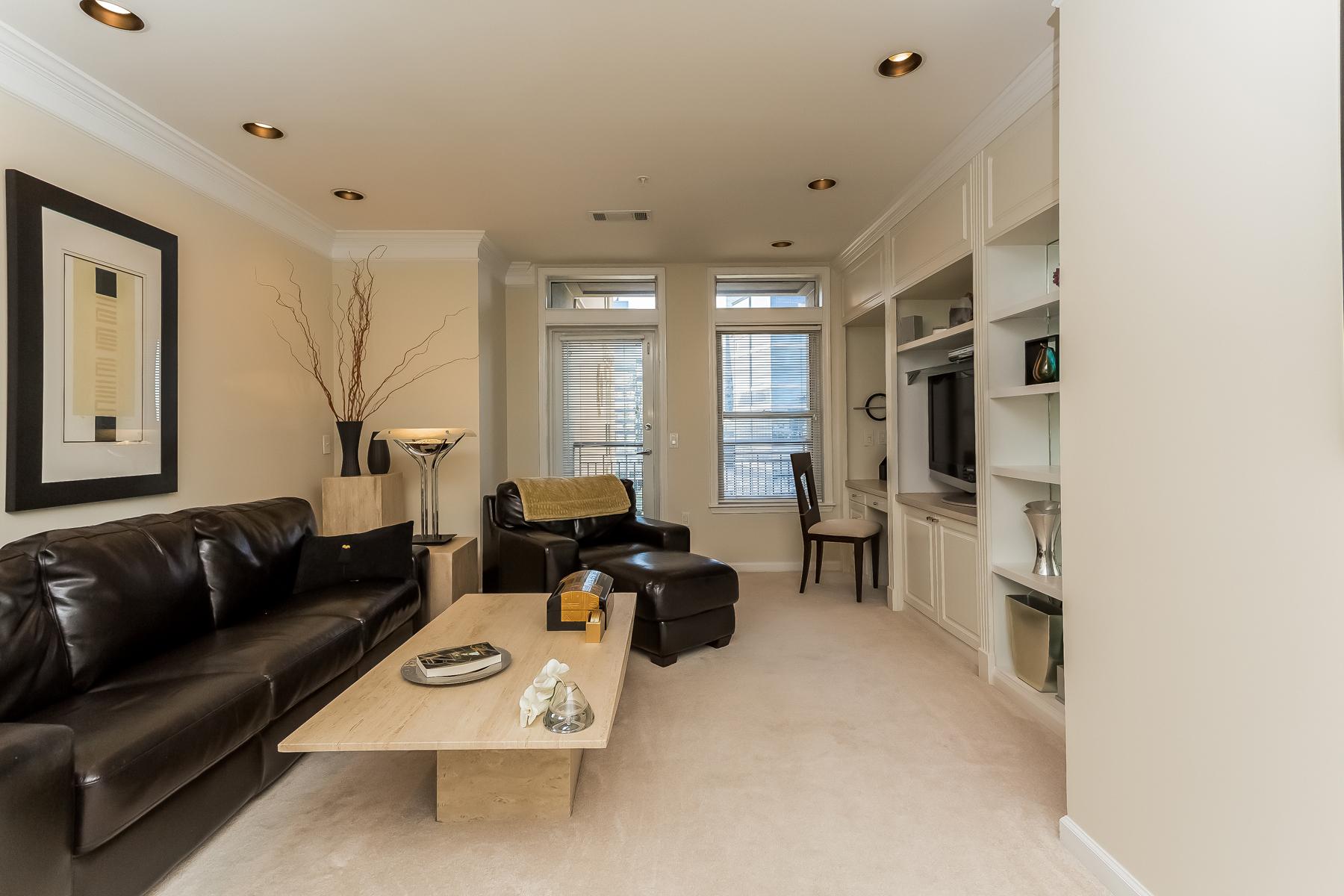 Condominium for Rent at Meridian Buckhead 3334 Peachtree Road No. 813 Atlanta, Georgia 30326 United States