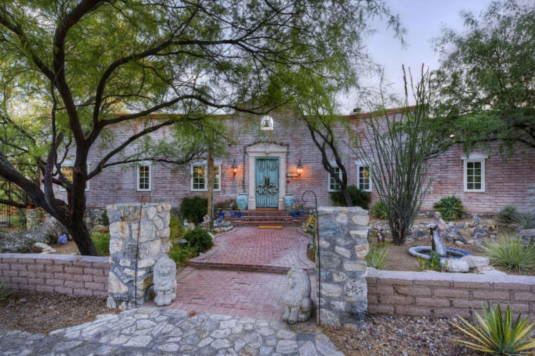 Einfamilienhaus für Verkauf beim Custom Home in Historic Joesler Style Design 12033 E Mira Vista Canyon Place Tucson, Arizona, 85749 Vereinigte Staaten