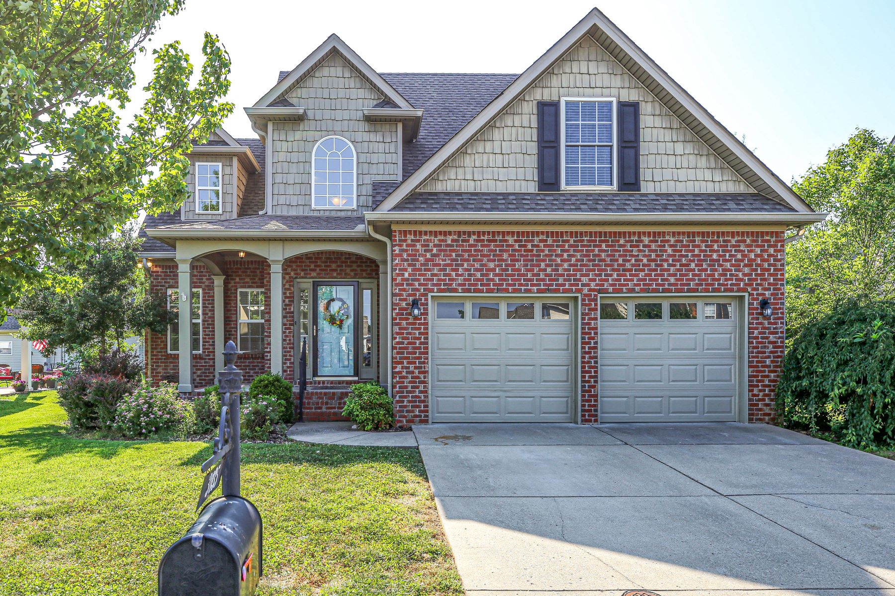 single family homes for Sale at Home is Ready 3035 Holderwood Drive Murfreesboro, Tennessee 37128 United States