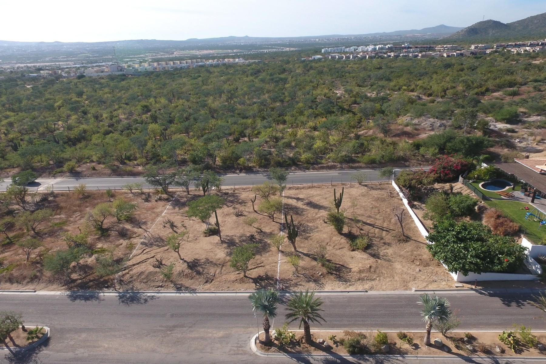 Terreno por un Venta en Lote 13F Rancho Paraiso Lote 13F Paseo San Jorge Cabo San Lucas, Baja California Sur 23454 México