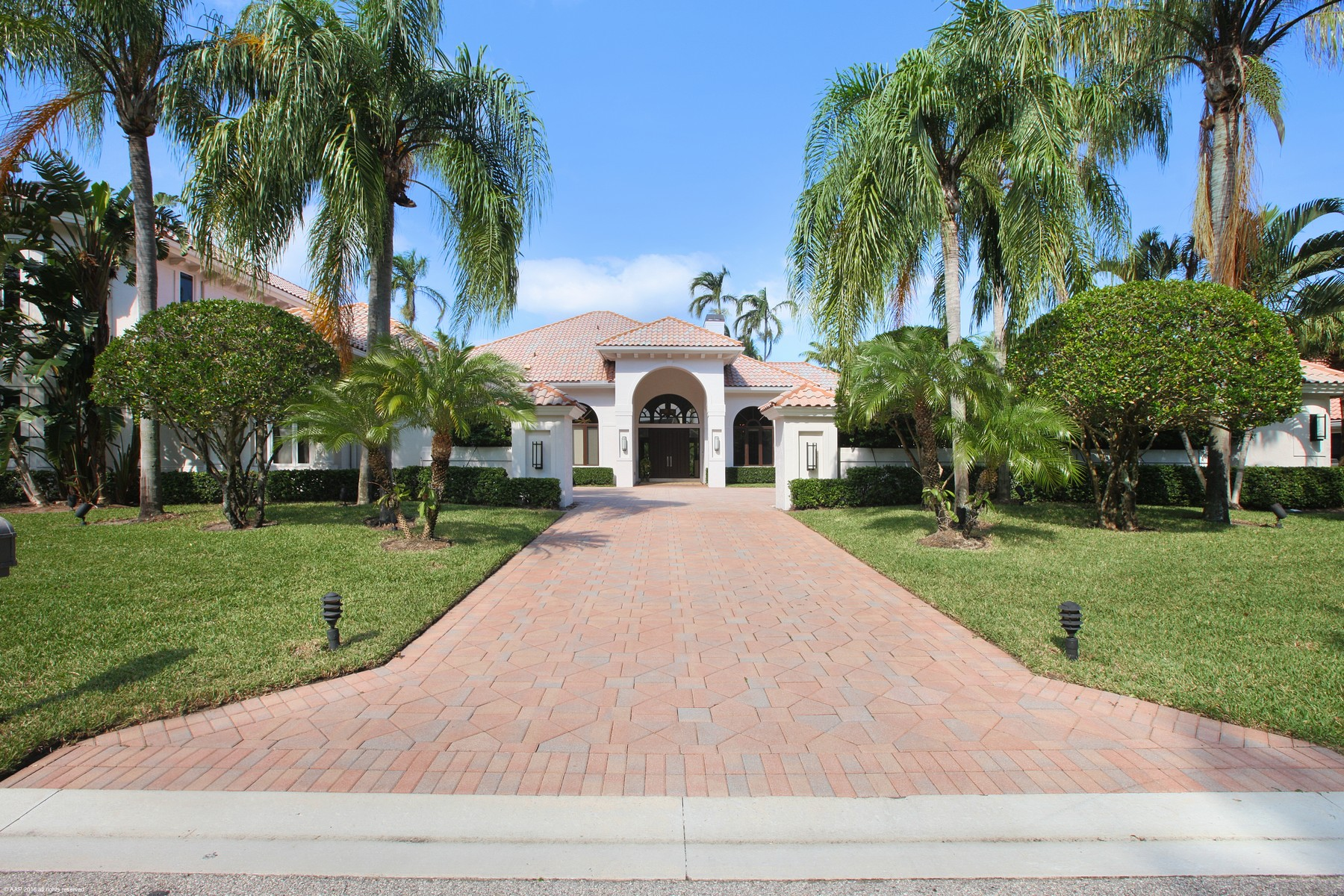 Single Family Home for Sale at 2763 Calais Drive at Frenchman's Creek Palm Beach Gardens, Florida 33410 United States