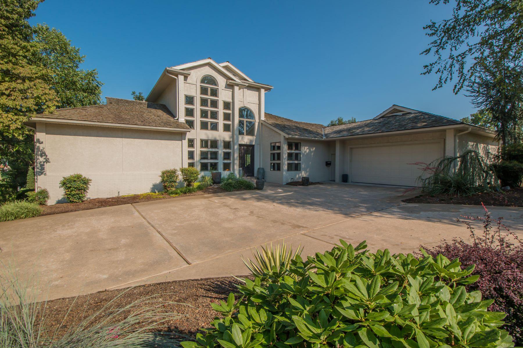 Single Family Homes für Verkauf beim Rogers, Arkansas 72758 Vereinigte Staaten
