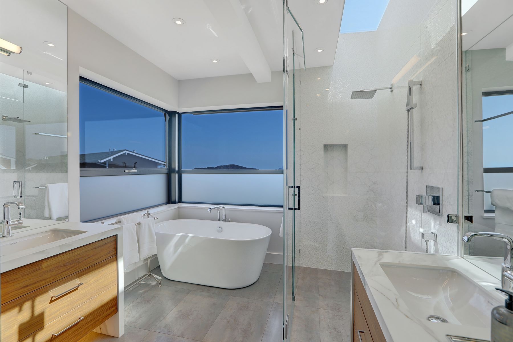 Additional photo for property listing at Spectacular Ultra Contemporary Home! 86 Sugarloaf Dr Tiburon, California 94920 United States