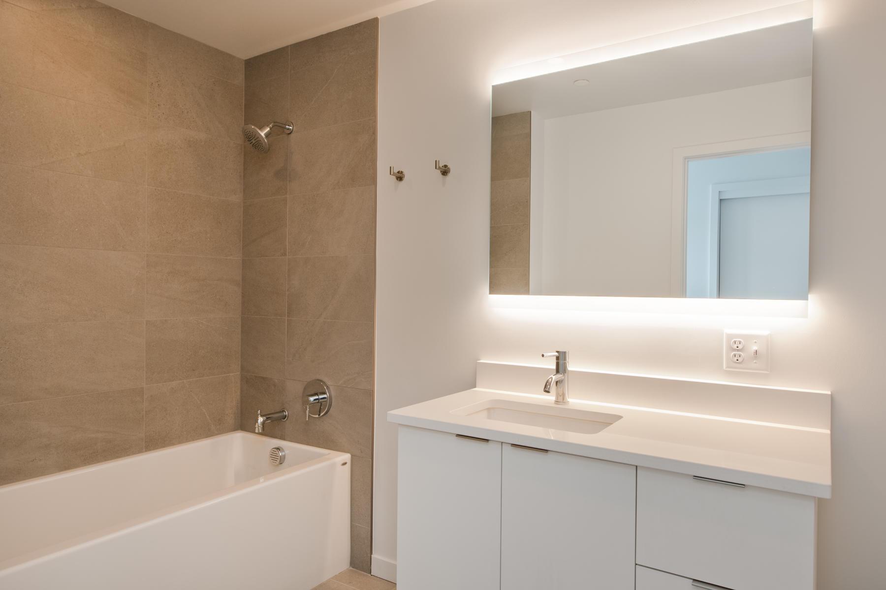 Additional photo for property listing at Ogden Flats 1300 North Ogden Street #402 Denver, Colorado 80218 United States