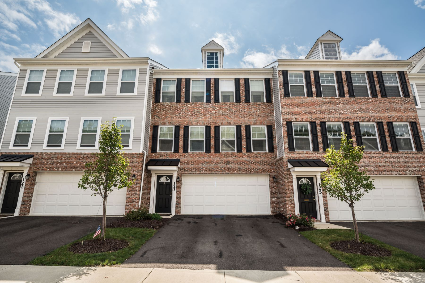 townhouses for Sale at Elegant Townhome in The Park at Marshall 123 Watson Drive Warrendale, Pennsylvania 15086 United States