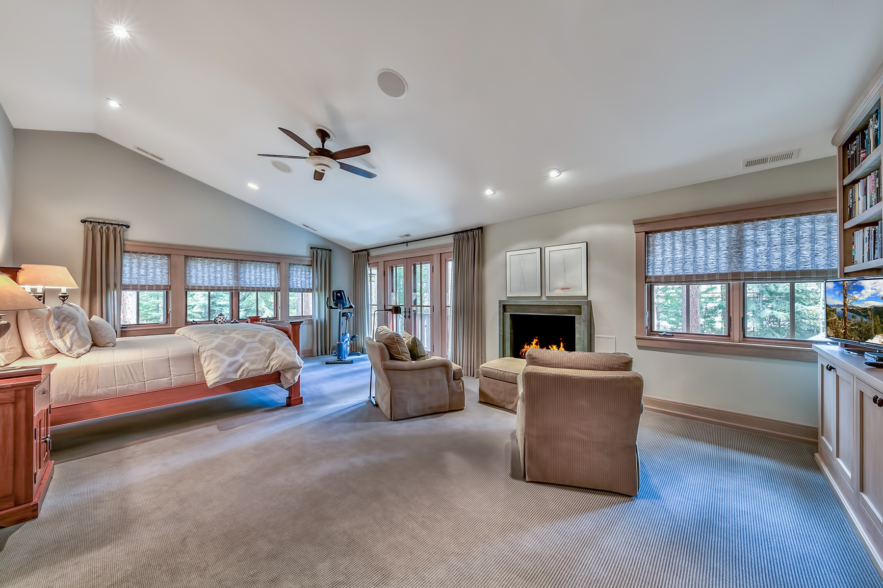 Additional photo for property listing at 1570 Vivian Lane, Incline Village, Nevada 1570 Vivian Lane Incline Village, Nevada 89451 United States