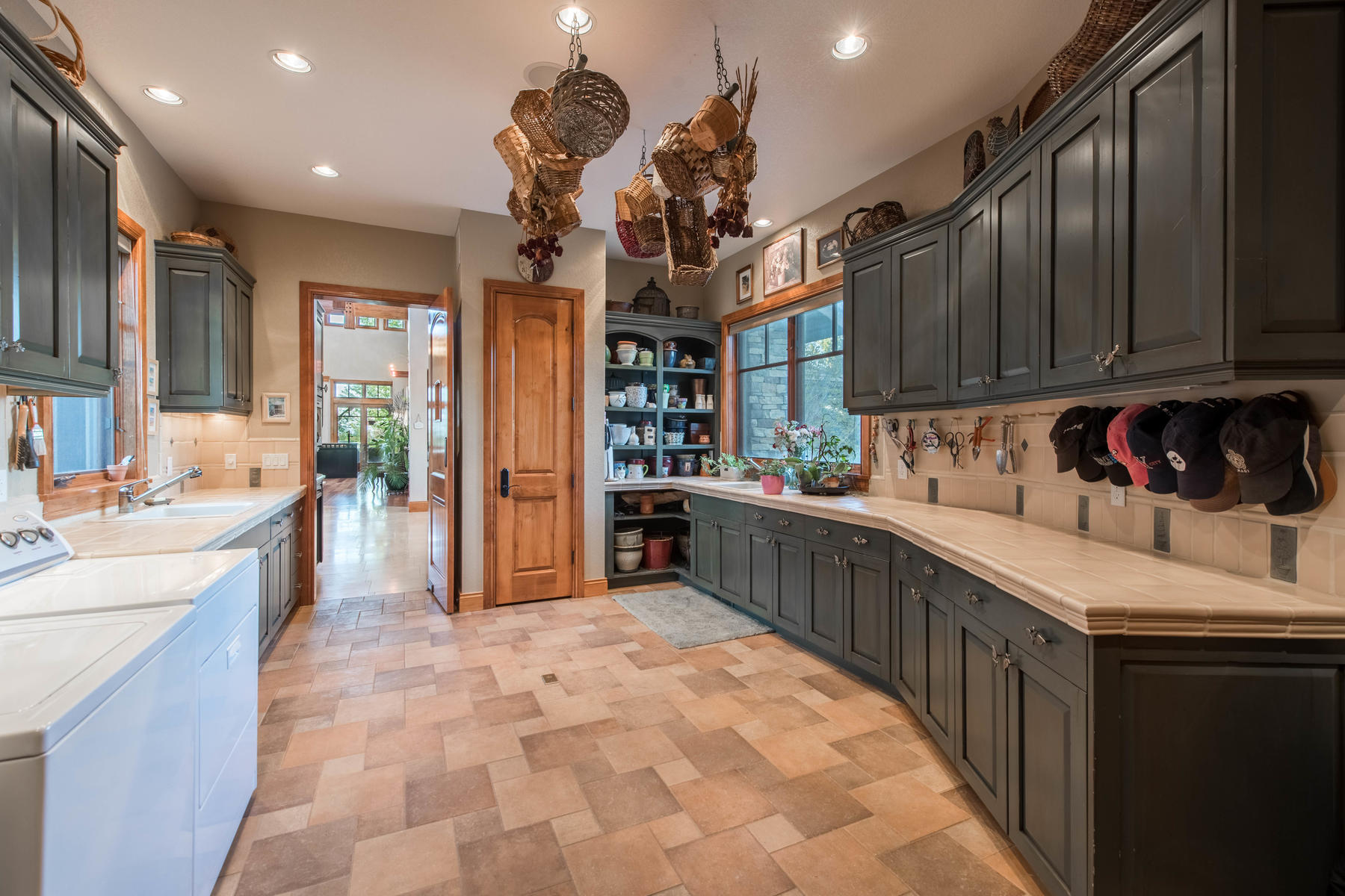 Additional photo for property listing at Tuscan Contemporary Estate 1110 White Hawk Ranch Dr Boulder, Colorado 80303 United States