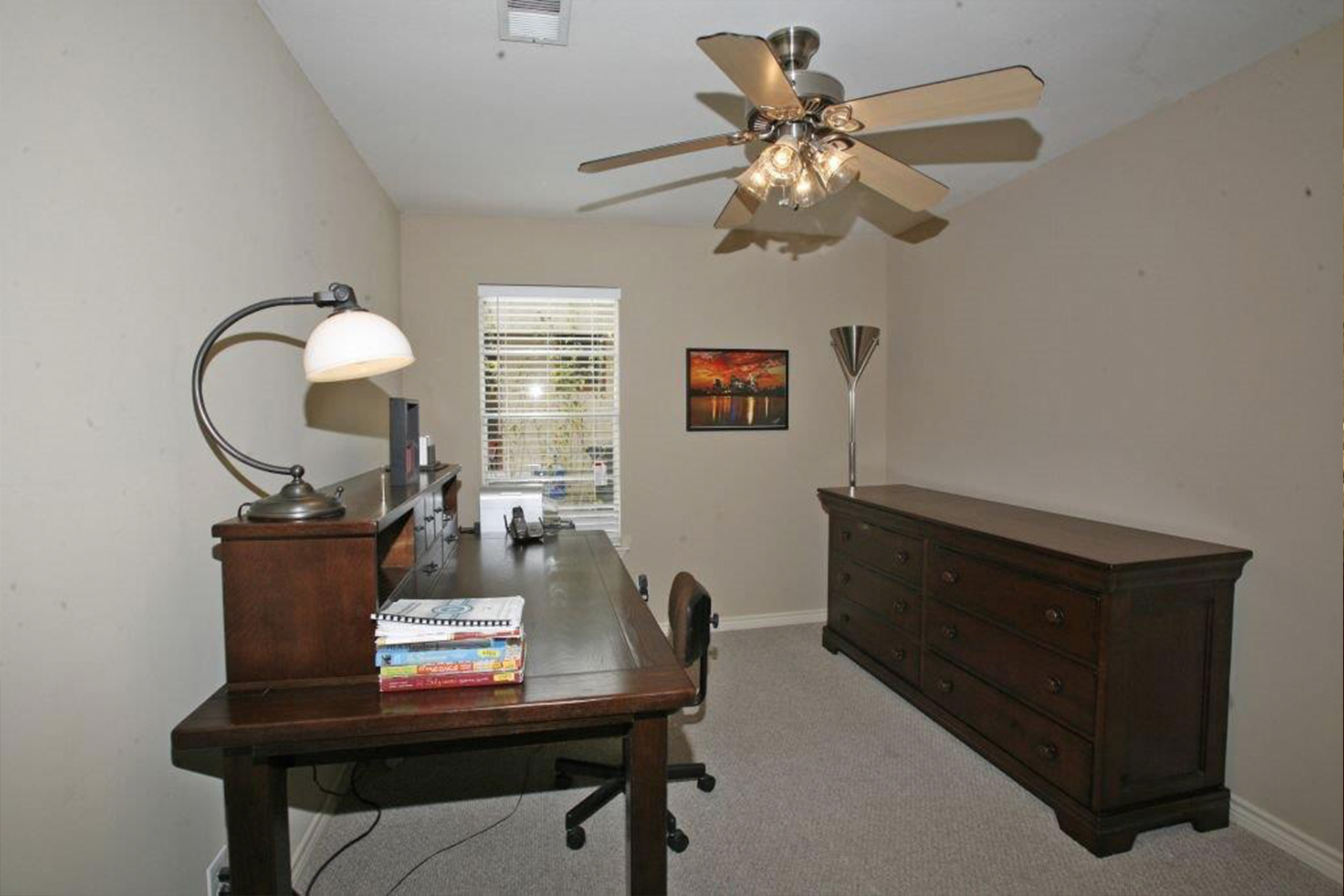Additional photo for property listing at 2700 Friar Tuck Ln 2700 Friar Tuck Ln Austin, Texas 78704 Estados Unidos