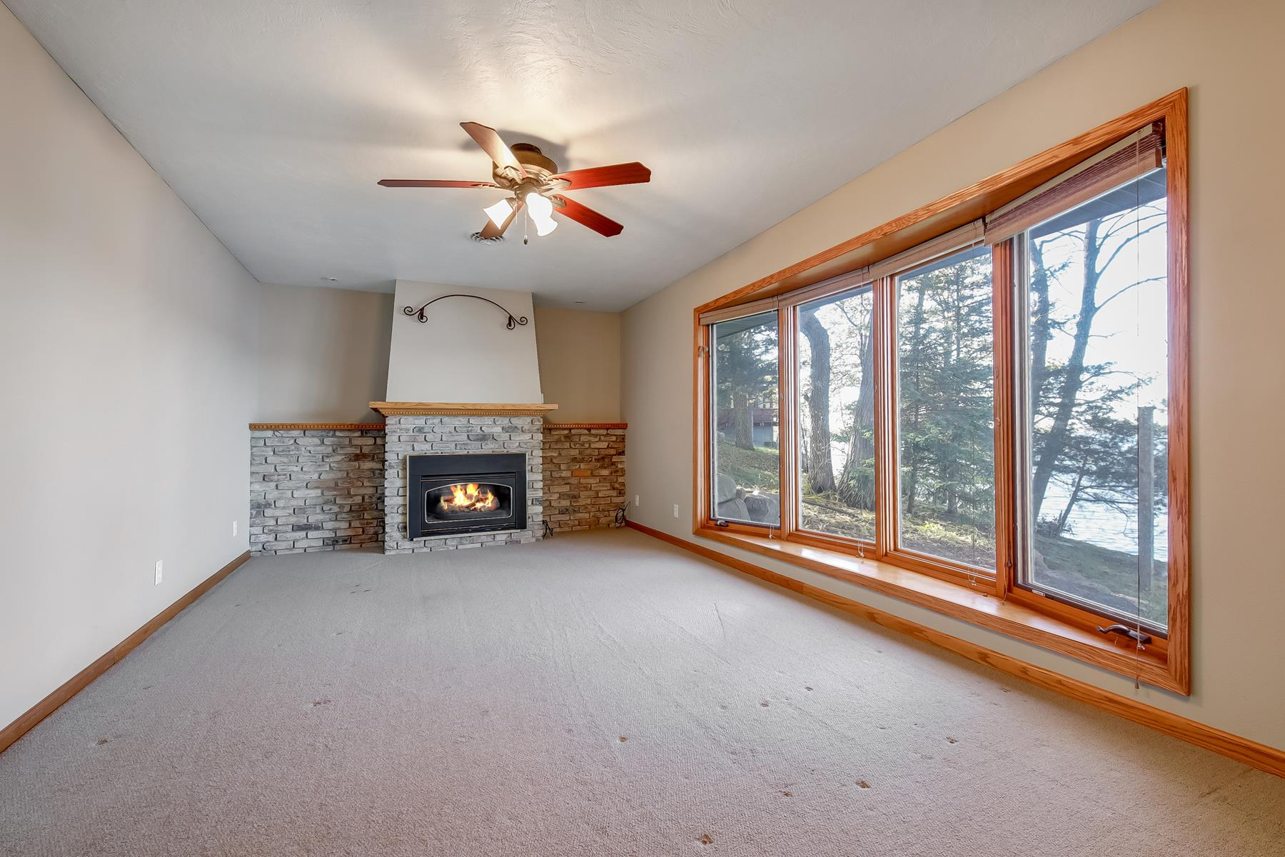 Additional photo for property listing at 7050 140th Avenue NE Spicer, Minnesota 56288 United States