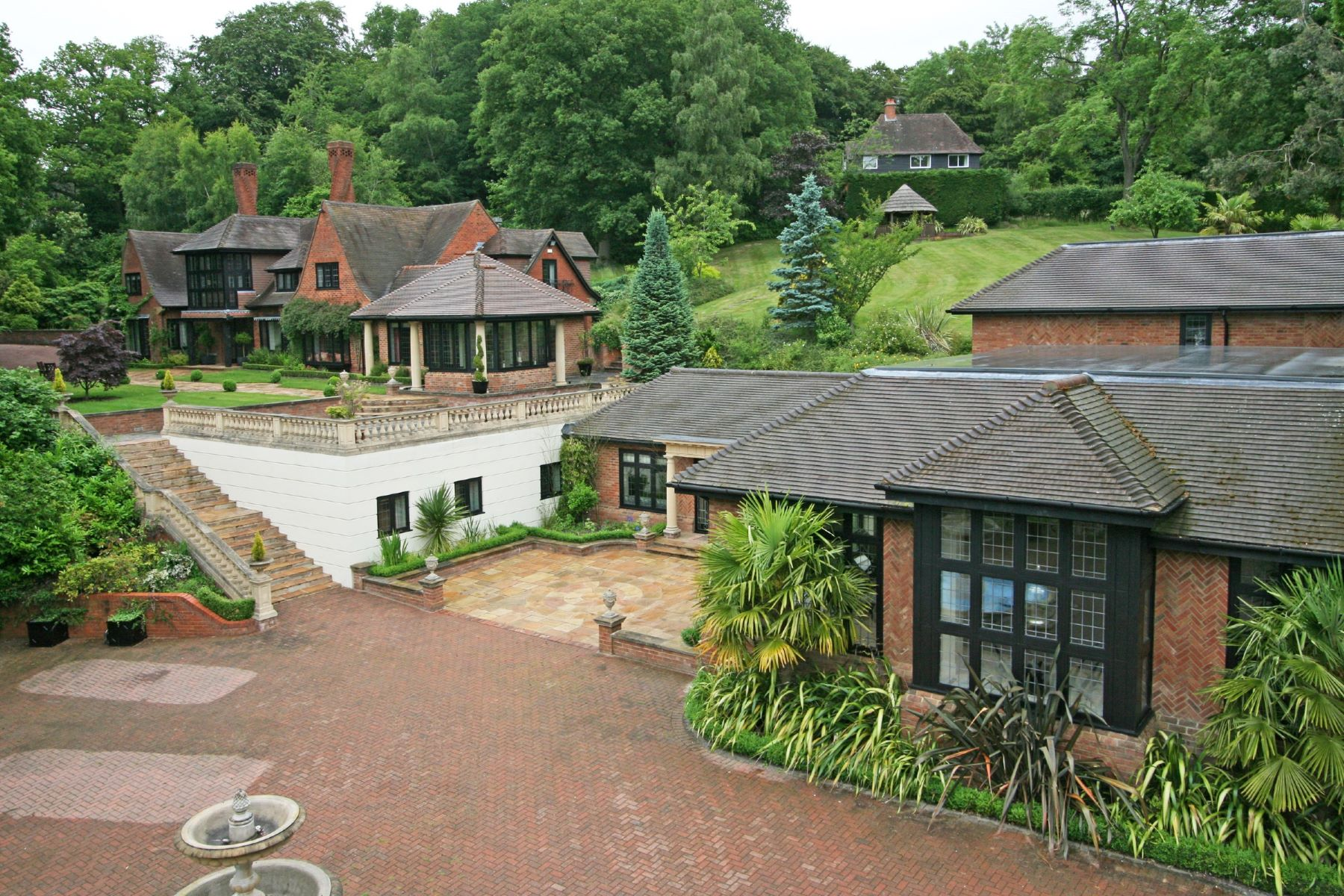 Single Family Homes for Sale at Bowsey Manor, Wargrave Bowsey Manor Bowsey Hill Other England, England RG10 8QJ United Kingdom