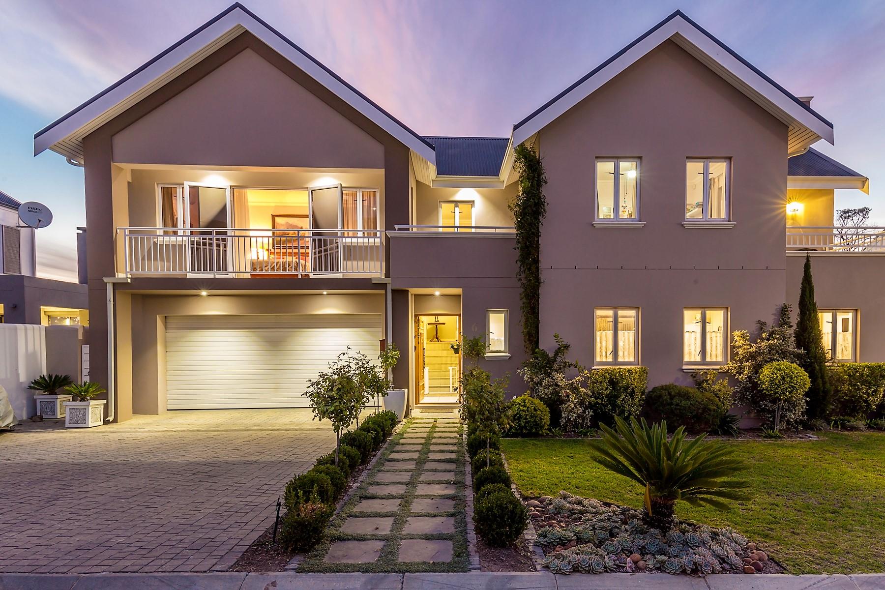Nhà ở một gia đình vì Bán tại Stellenbosch Stellenbosch, Western Cape, 7600 Nam Mỹ